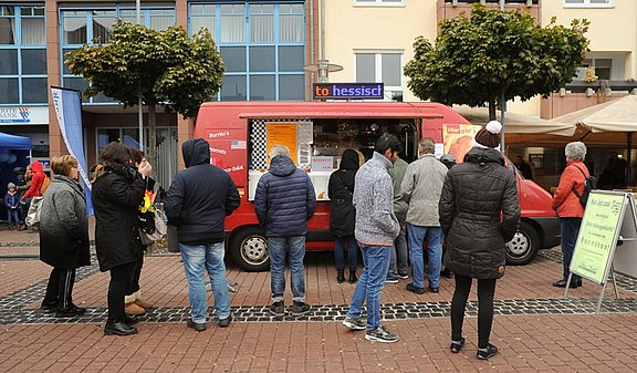 14_Food_Truck_DovilsStarFood_1.jpg